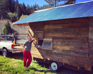 DoubleSnake-enjoys-the-success-of-the-mobile-chicken-coop